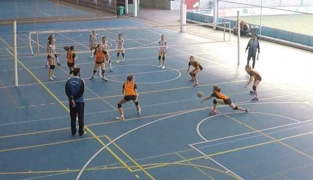 Defensa de Blanca C San Ignacio Inmaculada voleibol