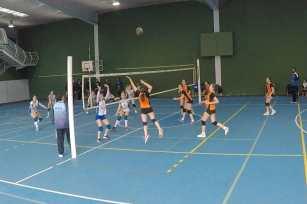 Remate de Sofia Voleibol Infantil Asturias